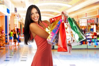 mulher-compras-shopping