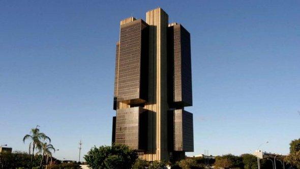 banco-central-brasilia-20091219-01-size-598